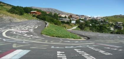 Le Tour de France mérite-t-il d'être bloqué à Sarenne?