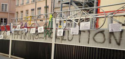 Inauguration d'un cimetière vélo à Lyon