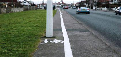 Bêtisier des pistes cyclables merdiques