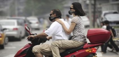 pollution-co2-moto-masque