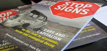 Les voitures et le capitalisme sur la route du déclin économique, social et écologique