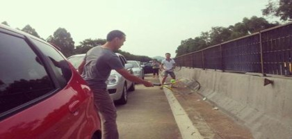 tennis-sur-autoroute.jpg