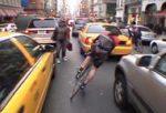 Coursier à vélo dans New York