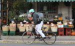 Convertir des espaces de stationnement en piste cyclable ne nuit pas au commerce