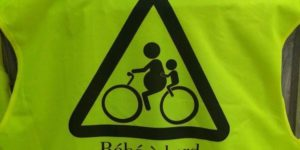 «Bébé à bord», même sur un vélo !
