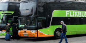 La Suisse rejette les bus Macron