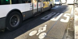 Parler plutôt qu'agir: Paris et les pistes cyclables