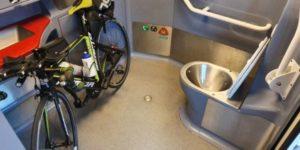 Cet été, les vélos sont restés sur le quai du train