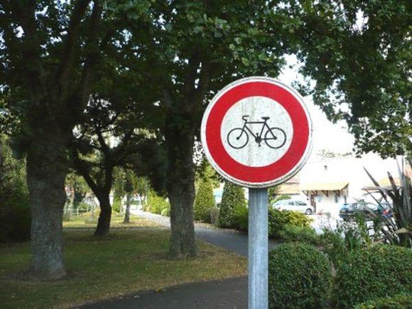 Devenez la commune française anti-vélo la plus célèbre de France!